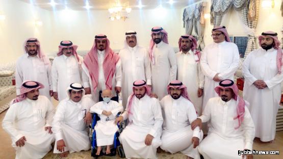 """محارب السرطان الطفل فهد سعد الحمود  يستقبل رئيس مركز جبة ورجلا الأعمال """" العمّار"""" و"""" السنيد """""""
